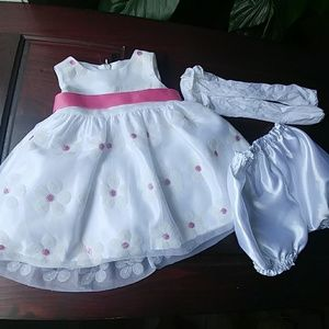 Gorgeous formal baby dress